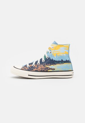 CHUCK TAYLOR ALL STAR NATIONAL PARKS UNISEX - Sneakersy wysokie - sea salt blue/egret/banana cake