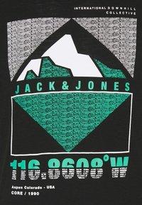Jack & Jones - JCOCHRIS GIBS TEE CREW NECK - Print T-shirt - black - 6
