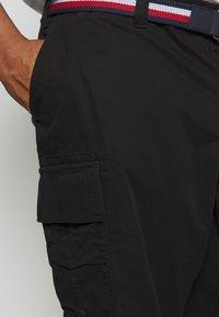 Tommy Hilfiger - JOHN  - Shorts - black - 4