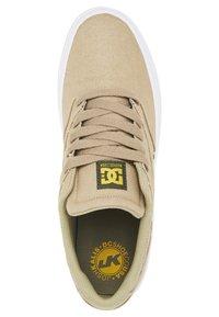 DC Shoes - KALIS VULC UNISEX - Trainers - tan - 3