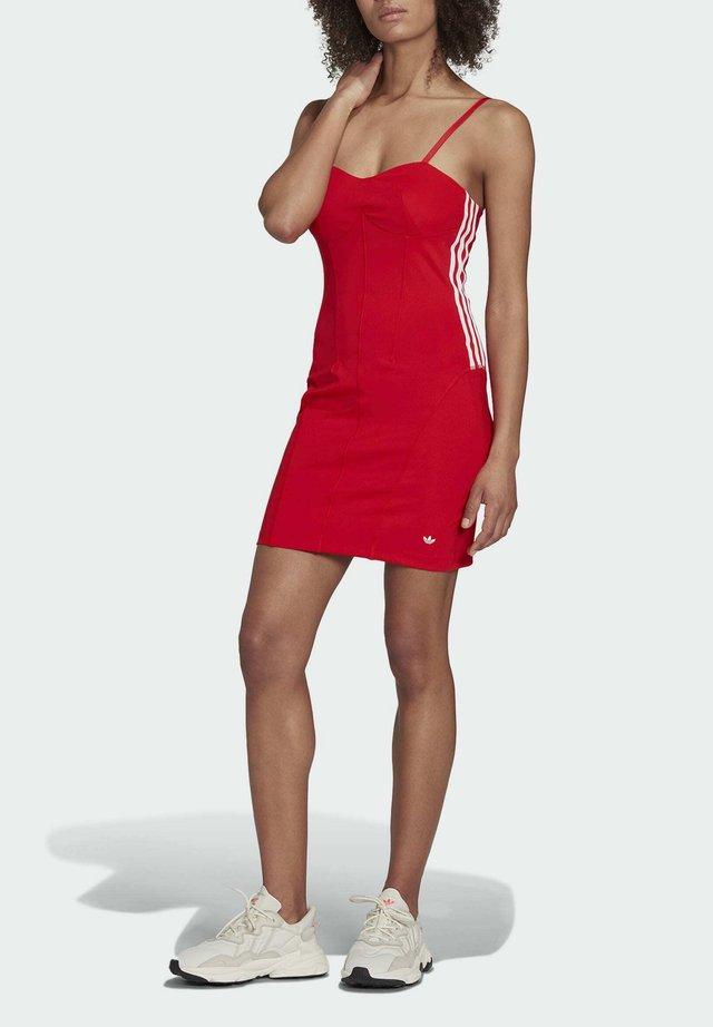 Sukienka z dżerseju - vivid red