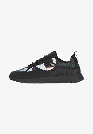 Sneaker low - patterned
