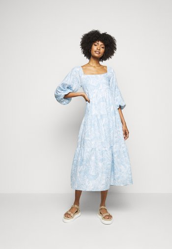 ALISON DRESS - Denní šaty - powder blue