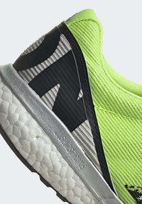 adidas Performance - ADIZERO BOSTON 8 SHOES - Competition running shoes - green - 9