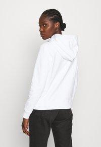 Calvin Klein - CORE LOGO HOODIE  - Hoodie - white - 2