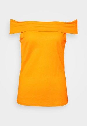 VMAMAYA OFF SHOULDER - Top - saffron