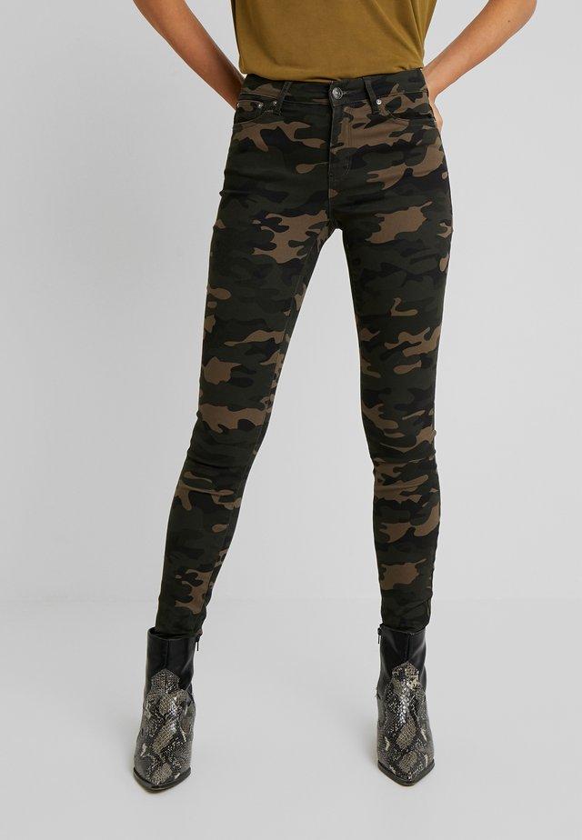 ONLNINE ESTER PANTS - Trousers - peat