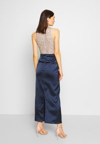 Lace & Beads - SAOIRSE MAXI - Occasion wear - navy/nude/silver - 2