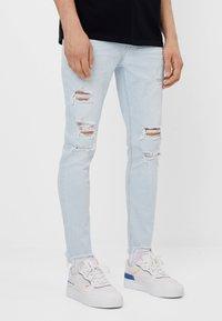 Bershka - Jeans Skinny - light blue - 0