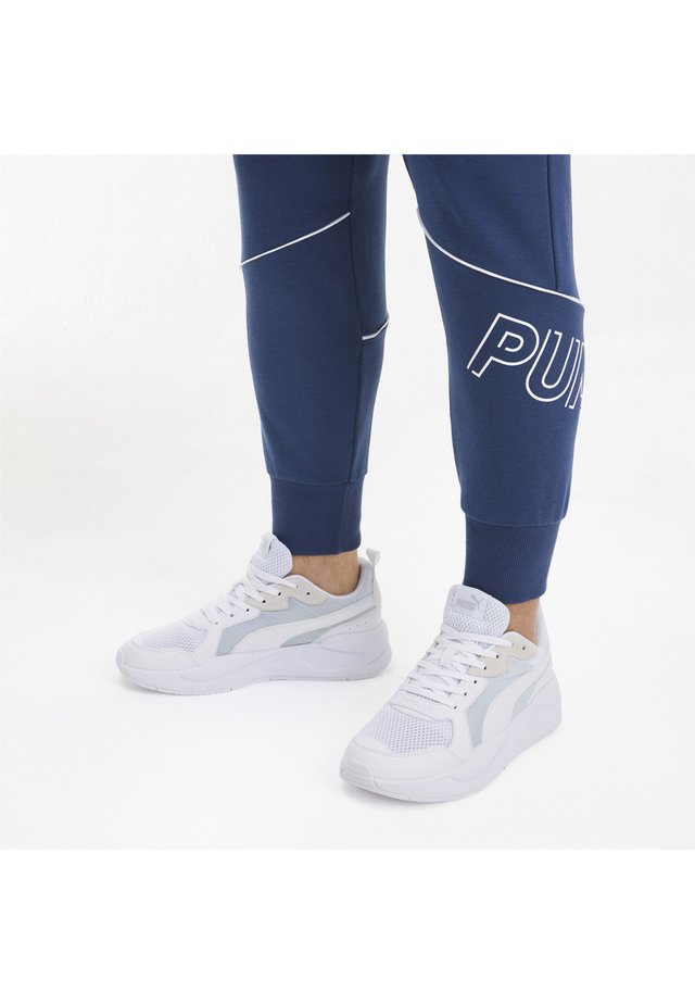 PUMA X-RAY TRAINERS UNISEX - Trainers - white-gray violet
