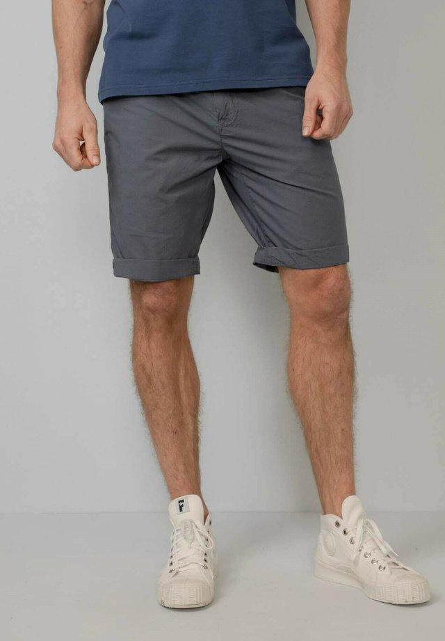 Shorts - wolf grey