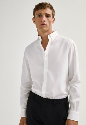 REGULAR-FIT - Shirt - white