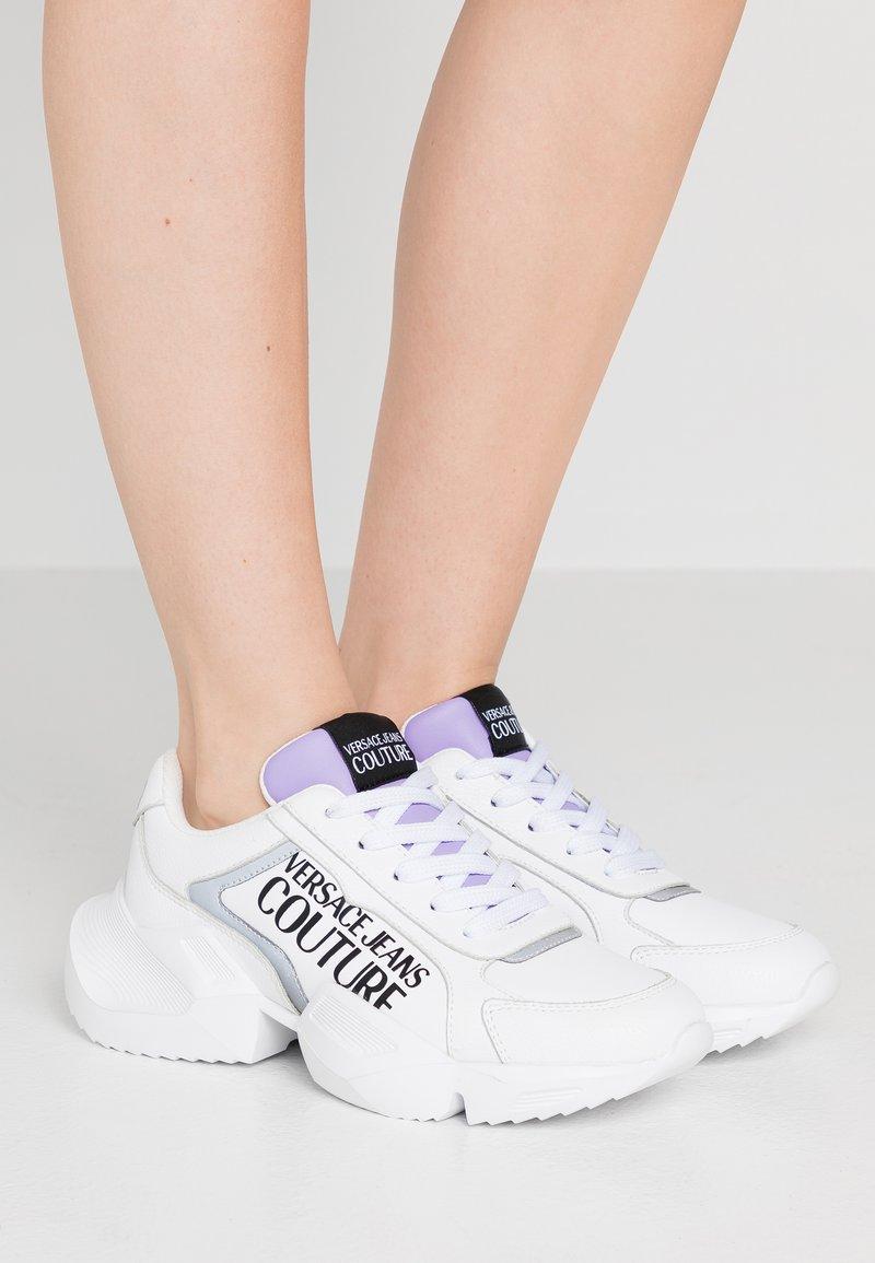 Versace Jeans Couture - Tenisky - bianco ottico