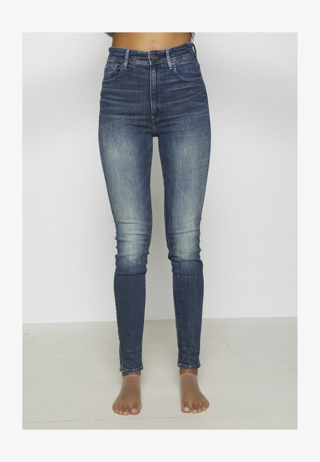 KAFEY ULTRA HIGH SKINNY - Jeans Skinny Fit - antic faded baum blue