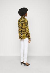 Versace Jeans Couture - LADY SHIRT - Košile - black - 2