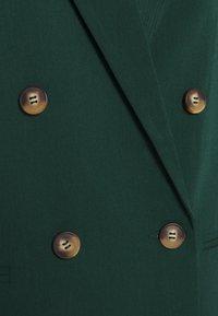 YAS - YASBRIZAL  - Short coat - pineneedle - 2