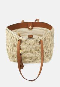 Lauren Ralph Lauren - CROCHET TOTE - Handbag - natural - 4