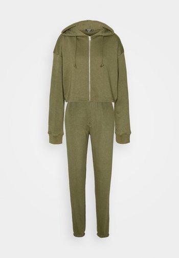 CROP ZIP HOODY JOGGER SET - Zip-up sweatshirt - khaki