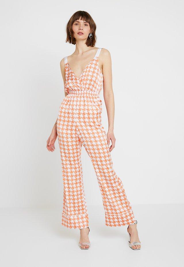D RING SHOULDER - Jumpsuit - orange