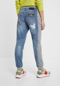 Desigual - ROMA - Jeans Tapered Fit - blue - 2