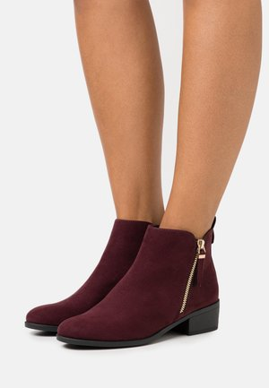 MACRO SIDE ZIP BOOT - Ankle boots - burgundy