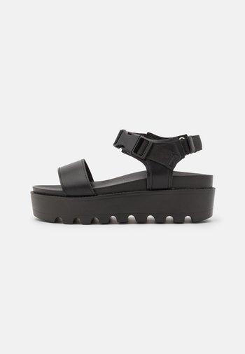 VEGAN CORLIS CHUNKY STRAP - Platform sandals - black