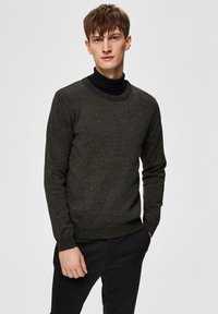 Selected Homme - SLHAIDEN  - Maglione - dark green - 0