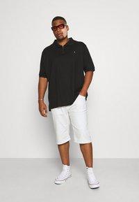 INDICODE JEANS - KEN PLUS - Denim shorts - offwhite - 1