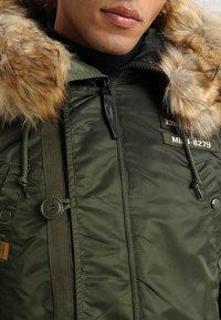 Alpha Industries - AIRBORNE - Winter coat - dark green - 6