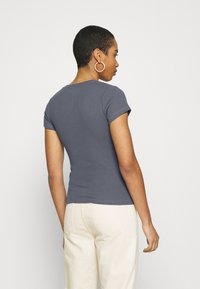 Abercrombie & Fitch - Basic T-shirt - dark blue - 2