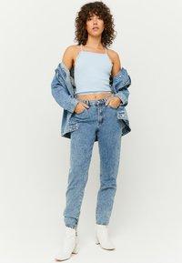 TALLY WEiJL - Slim fit jeans - rinsed denim - 1