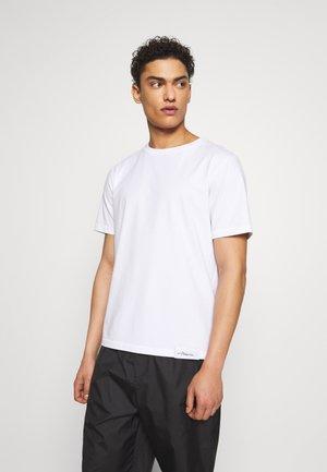 PERFECT TEE - Jednoduché triko - optic white