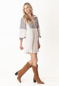 Indiska - PEARL - Vestido informal - white - 1