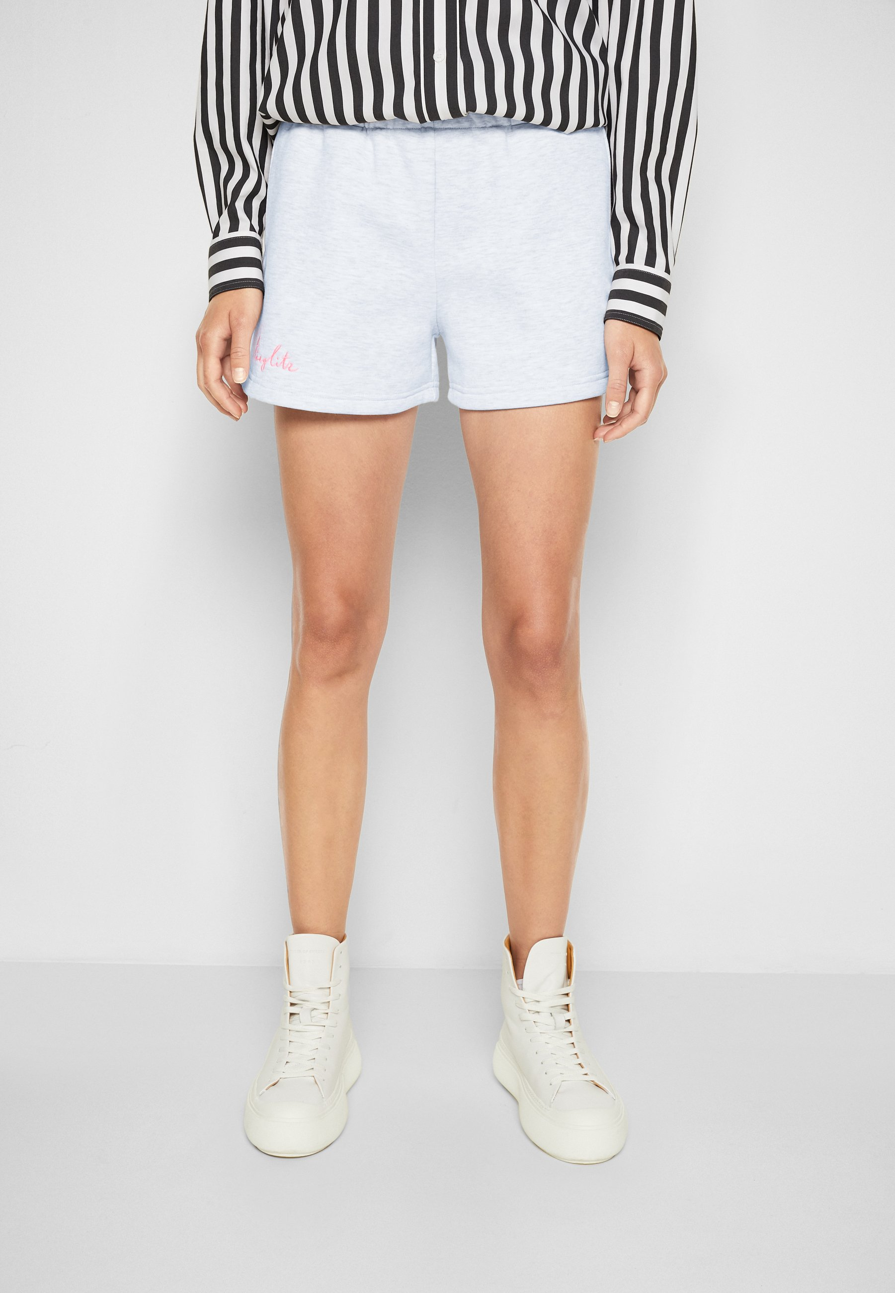 Mujer STIEG SWEATSHORTS - Shorts