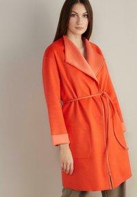 Falconeri - Winter coat - arancio - 0