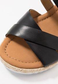 Gabor Comfort - Platform sandals - schwarz - 2