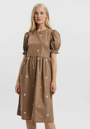 Day dress - fossil