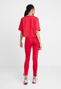 adidas Originals - BELLISTA 3 STRIPES TIGHT - Leggings - Hosen - energy pink - 2