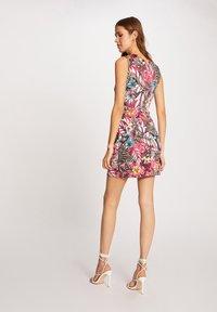 Morgan - Robe d'été - neon pink - 2