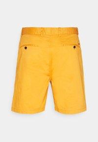 Scotch & Soda - STUART CLASSIC - Shorts - rust - 6