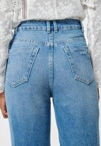 Pimkie - MOM FIT JEAN - Straight leg jeans - denimblau - 3