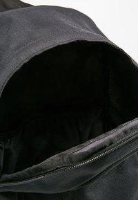 Nike Sportswear - ALL ACCESS SOLEDAY SOLID - Rucksack - black - 4