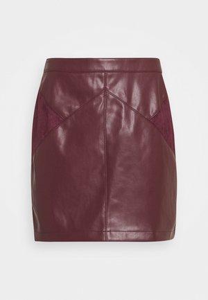 ESUEDA - Blyantnederdel / pencil skirts - bourgogne