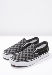 Vans - CLASSIC SLIP-ON - Mocassins - black/pewter - 2