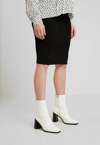 Envie de Fraise - CINDY - Pouzdrová sukně - black - 0