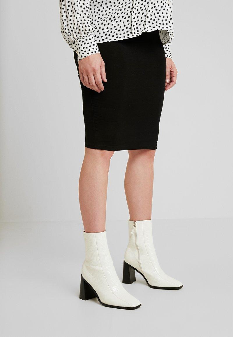 Envie de Fraise - CINDY - Pouzdrová sukně - black