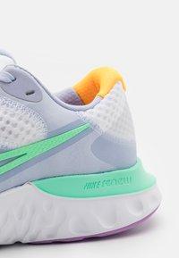 Nike Performance - RENEW RUN  - Zapatillas de running neutras - white/green glow/ghost/summit white/violet shock/laser orange - 5