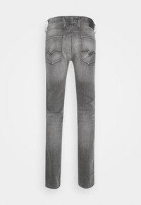 Replay - ANBASS XLITE - Slim fit jeans - medium grey - 6