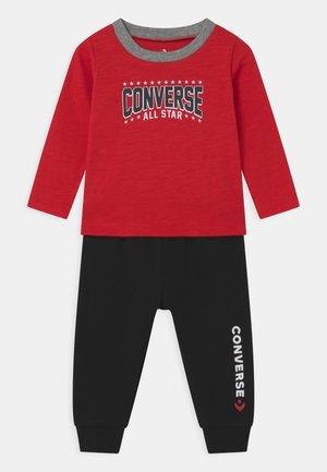 STAR UNISEX SET - Kalhoty - enamel red
