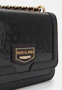 River Island - Across body bag - black - 3